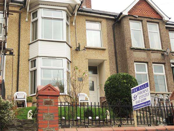 3 Bedrooms Terraced House for sale in Tyntyla Road, Tonypandy