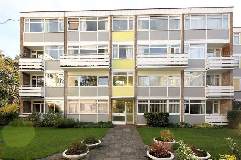 2 Bedrooms Apartment Flat for sale in South View Court, Woking, Surrey, GU22