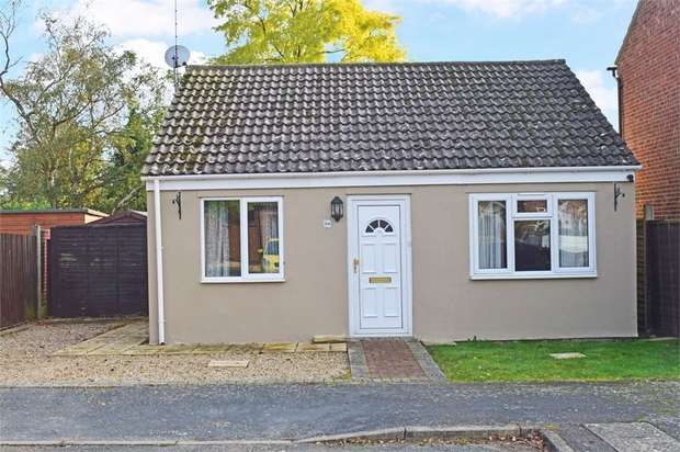 3 Bedrooms Detached Bungalow for sale in Laburnum Close, Red Lodge, Bury St Edmunds, Suffolk