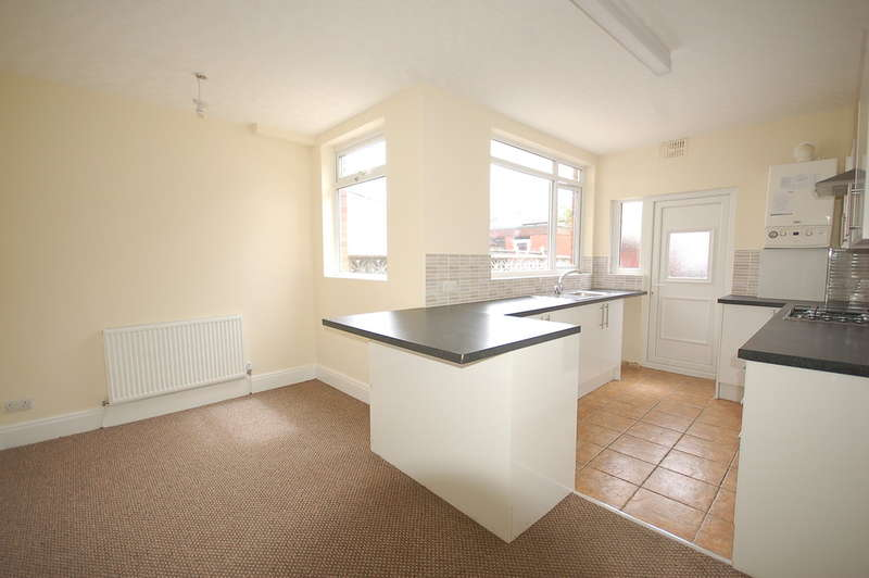 2 Bedrooms Terraced House for sale in Falkland Avenue, Blackpool