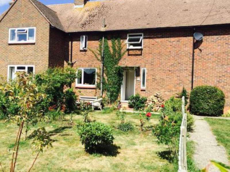 3 Bedrooms Terraced House for sale in Southdowns, Plumpton Green