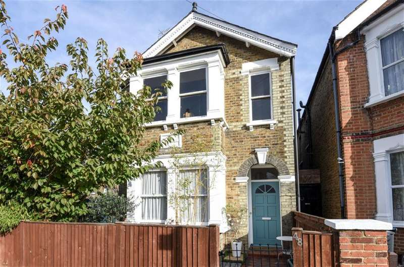 1 Bedroom Flat for sale in Burton Road, Kingston Upon Thames