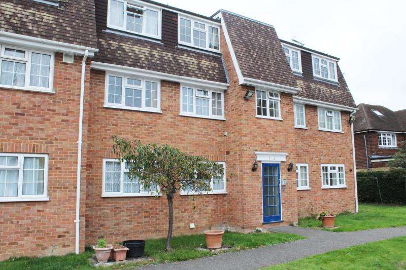 2 Bedrooms Apartment Flat for sale in Shelton Court
