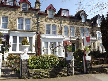 7 Bedrooms Terraced House for sale in Franklin Road, Harrogate, North Yorkshire