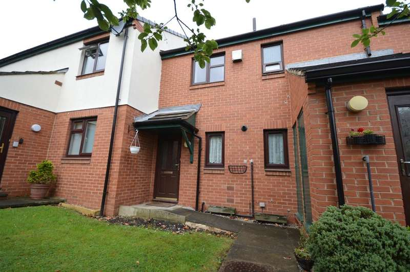 1 Bedroom Flat for sale in Sandal Hall Mews, Sandal, Wakefield