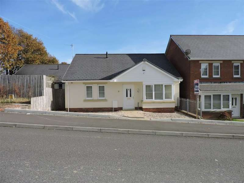 3 Bedrooms Detached Bungalow for sale in Clos Ael Y Bryn, Penygroes