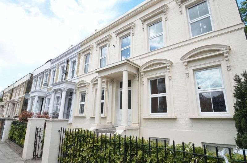 1 Bedroom Flat for sale in Kenninghall Road, London, E5