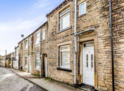 1 Bedroom Terraced House for sale in Thomas Street West, Halifax, West Yorkshire