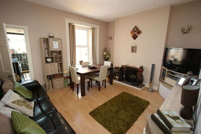 3 Bedrooms Terraced House for sale in Kenn Road, Clevedon