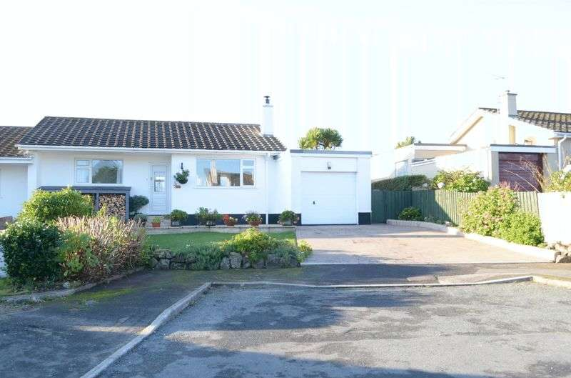 2 Bedrooms Semi Detached Bungalow for sale in Spernen Close, St. Ives