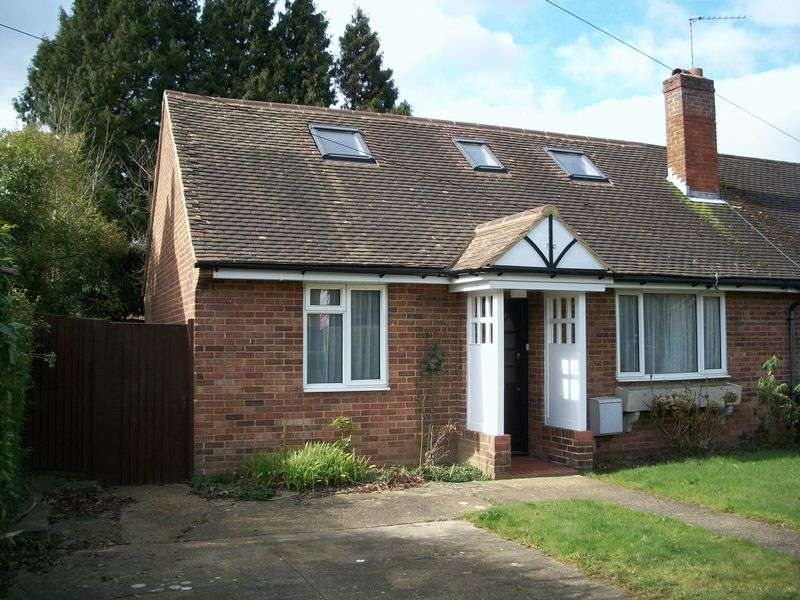 3 Bedrooms Semi Detached Bungalow for sale in Orchard Road, South Croydon