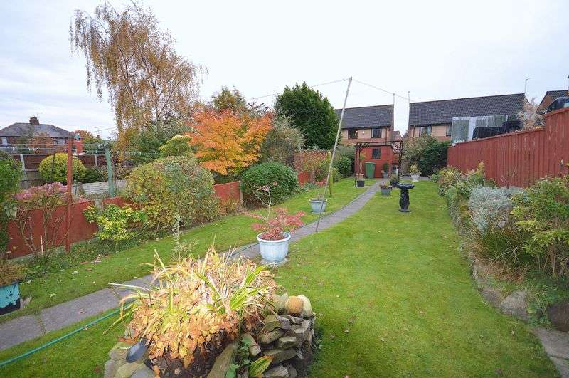 2 Bedrooms Terraced House for sale in Crow Wood Lane, Widnes