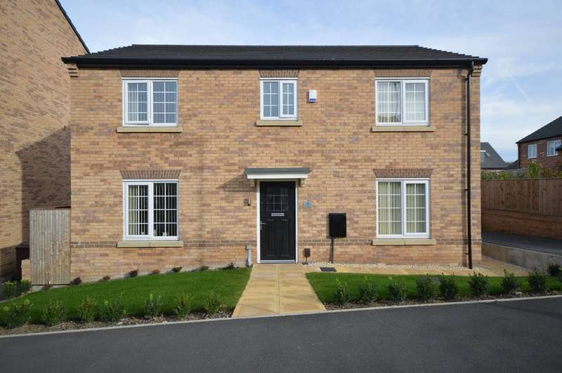 4 Bedrooms Detached House for sale in Mackie Road, Crigglestone, Wakefield