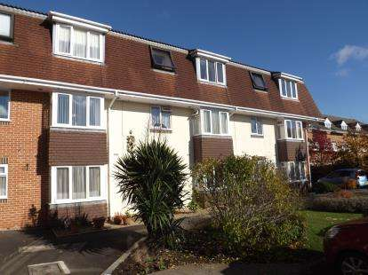2 Bedrooms Retirement Property for sale in 101 Avon Road, Charminster, Bournemouth