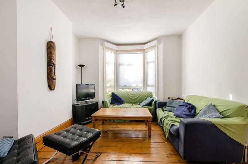 3 Bedrooms House for sale in Edithna Street, Clapham North, SW9