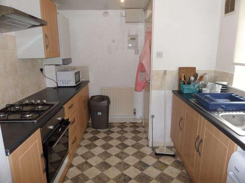 3 Bedrooms Flat for rent in Ilkeston Road, Nottingham