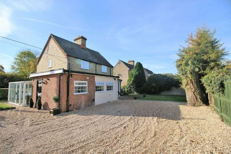 4 Bedrooms Cottage House for sale in Kingswood
