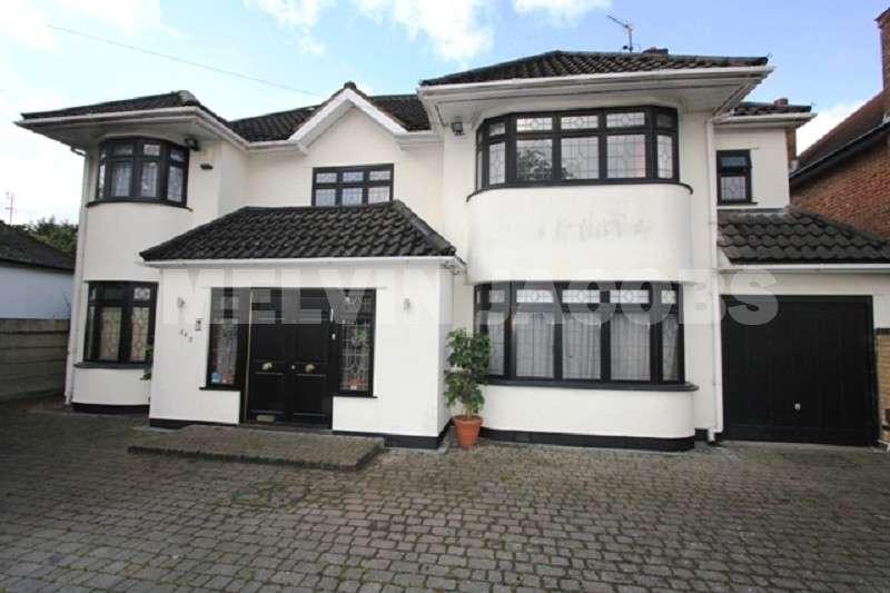 7 Bedrooms Detached House for sale in Edgwarebury Lane, Edgware, Greater London. HA8 8QL