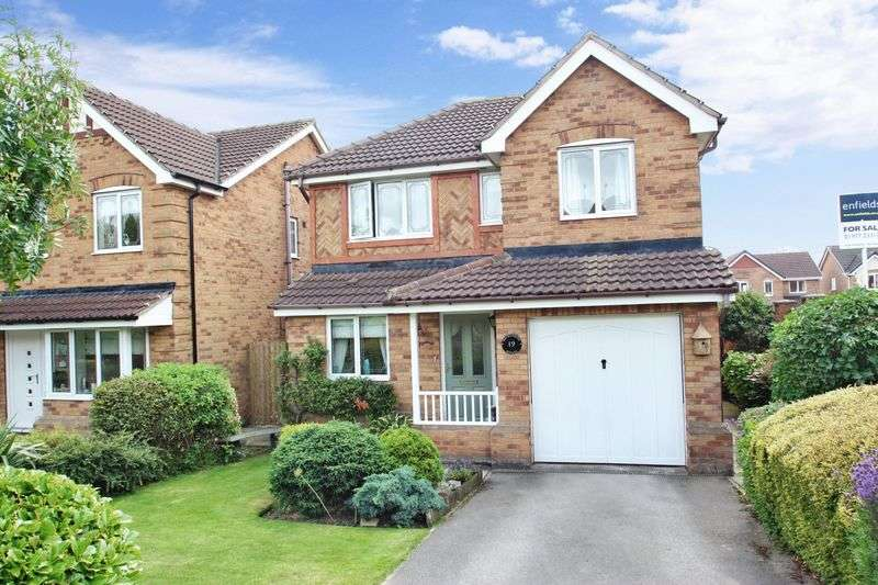 4 Bedrooms Detached House for sale in Henley Drive, Featherstone