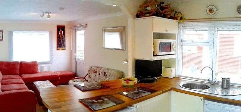 1 Bedroom Property for sale in 1 Bed Mobile Home For Sale