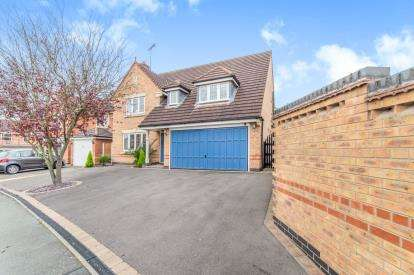 4 Bedrooms Detached House for sale in Groombridge Crescent, Littleover, Derby, Derbyshire