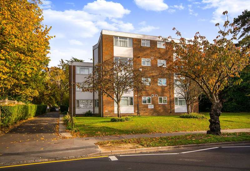 3 Bedrooms Flat for sale in Pampisford Road, South Croydon, CR2
