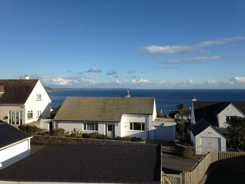4 Bedrooms Detached House for sale in East Looe