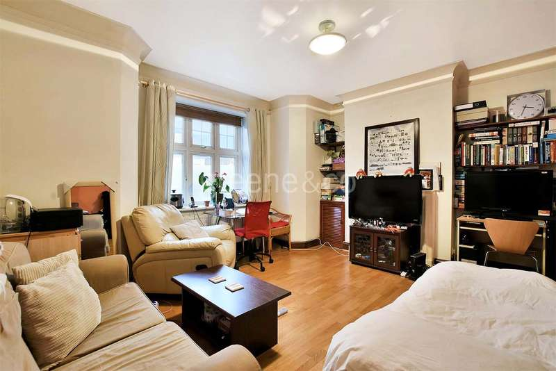 1 Bedroom Flat for sale in Holmefield Court, Belsize Grove, Belsize Park, London, NW3