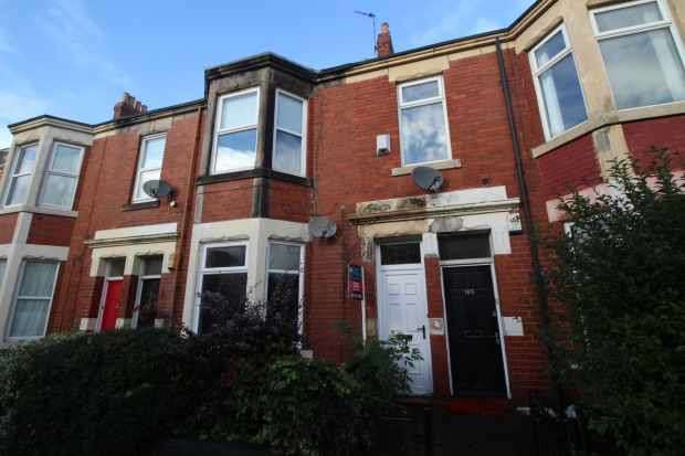 5 Bedrooms Maisonette Flat for sale in Warton Terrace, Newcastle Upon Tyne, Tyne And Wear, NE6 5DX