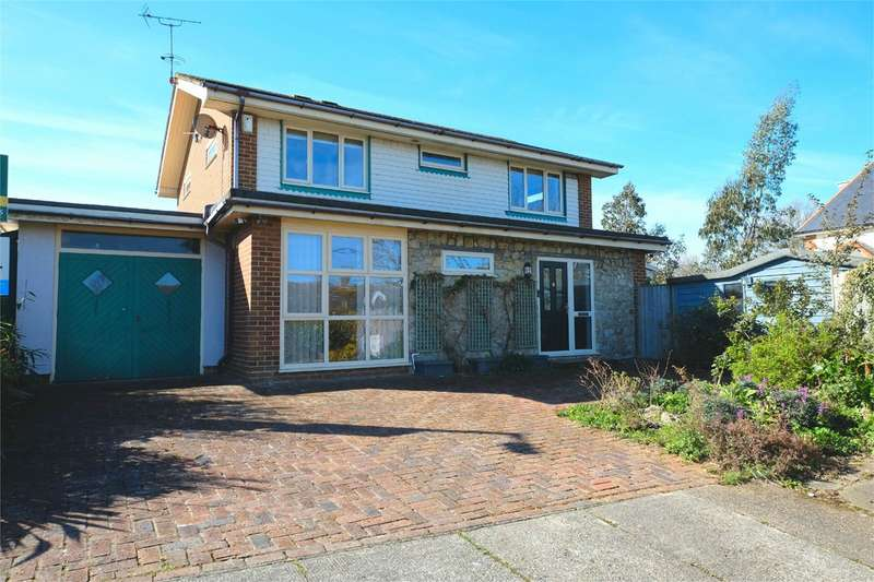 4 Bedrooms Detached House for sale in Tollgate Close, Whitstable, CT5