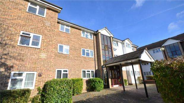 2 Bedrooms Apartment Flat for sale in Gleneagles House, St. Andrews, Bracknell
