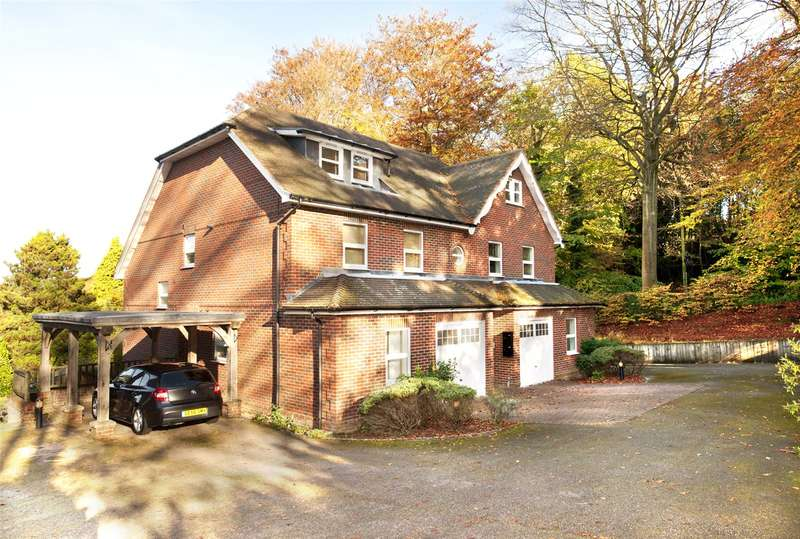 3 Bedrooms Mews House for sale in Courts Hill Road, Haslemere, Surrey, GU27