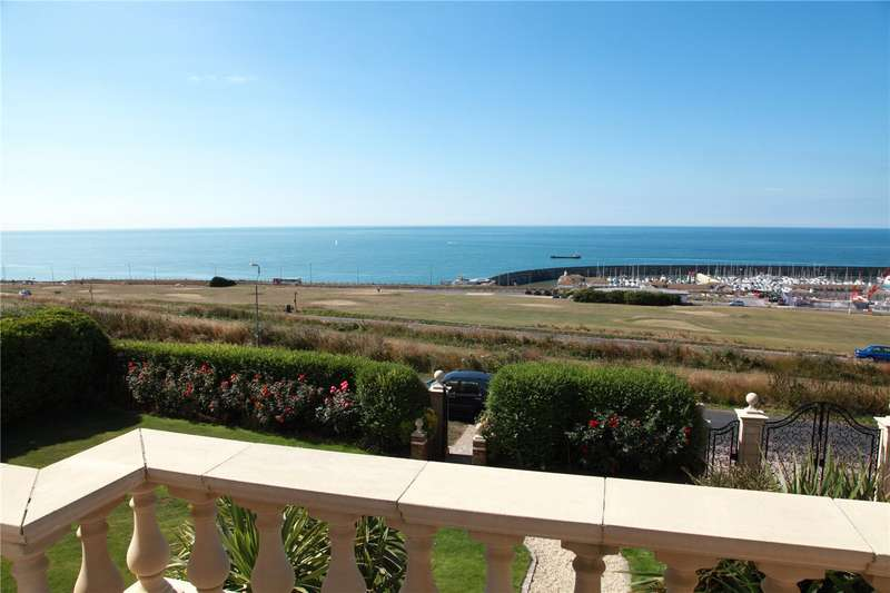 5 Bedrooms Detached House for sale in Roedean Way, Brighton, East Sussex, BN2