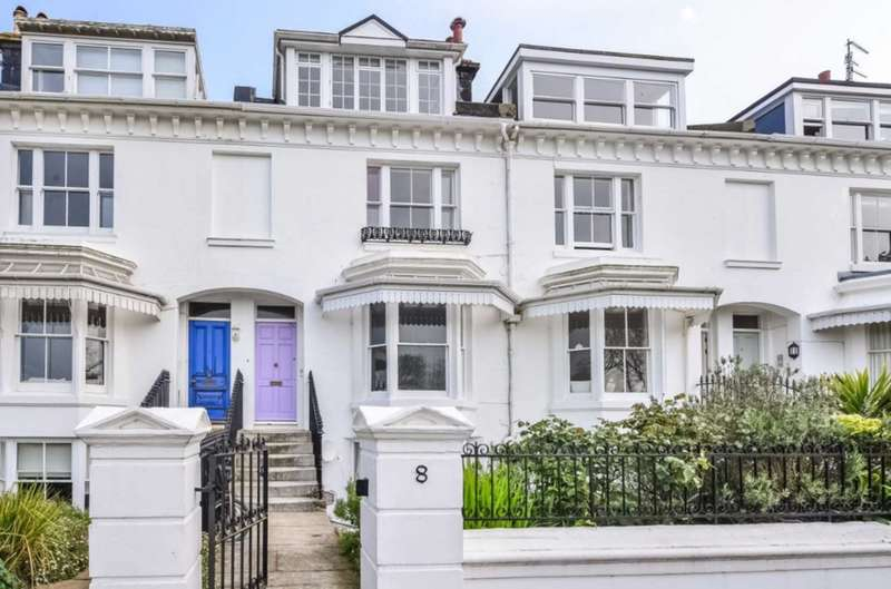 2 Bedrooms Flat for rent in Clifton Terrace, Brighton