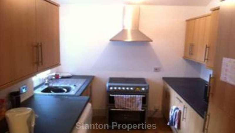 5 Bedrooms Terraced House for rent in 92 pppw, Braemar Road, Fallowfield