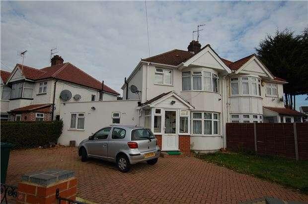4 Bedrooms Semi Detached House for sale in Woolmead Avenue, LONDON, NW9 7BA
