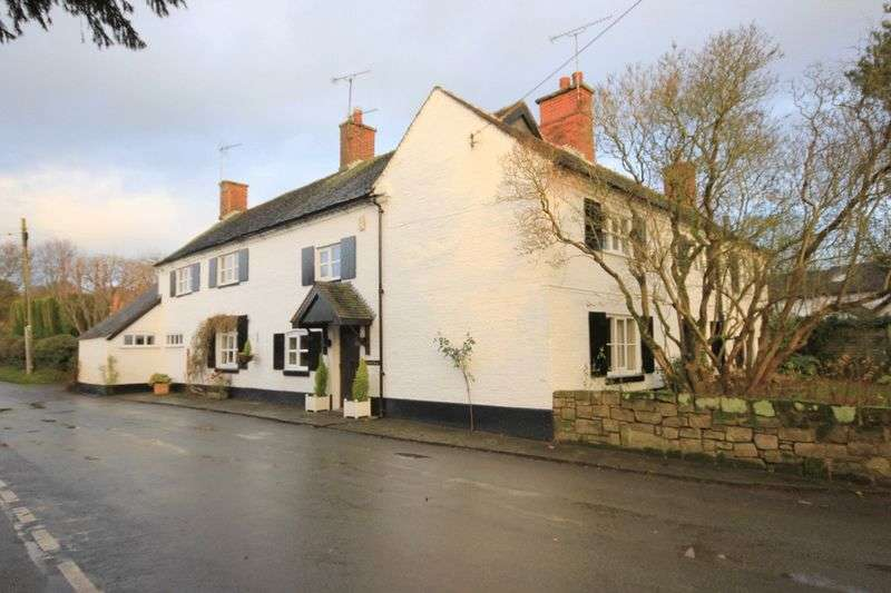 5 Bedrooms Detached House for sale in Sherratt House, Leigh