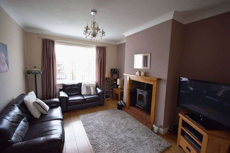 3 Bedrooms Semi Detached House for sale in Brunner Road, Widnes