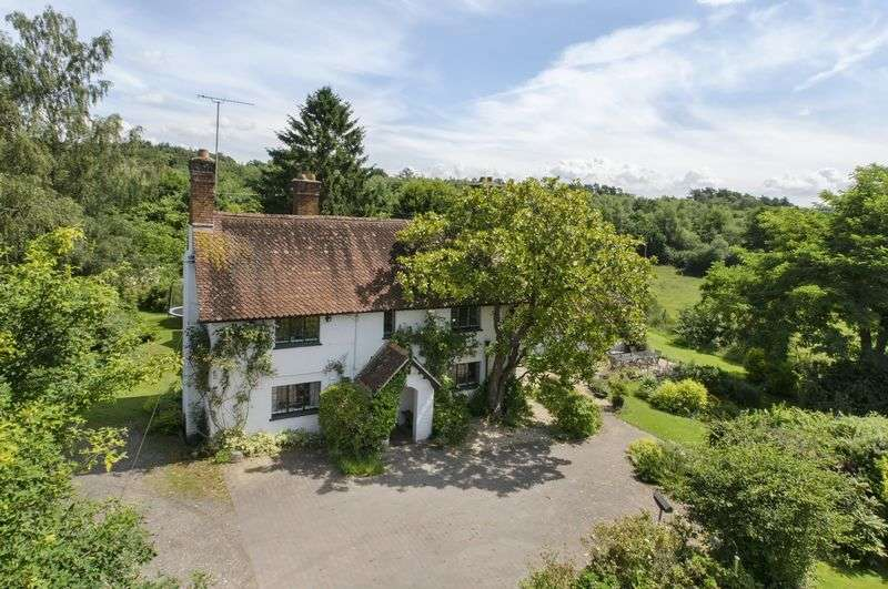 4 Bedrooms Detached House for sale in West Grimstead