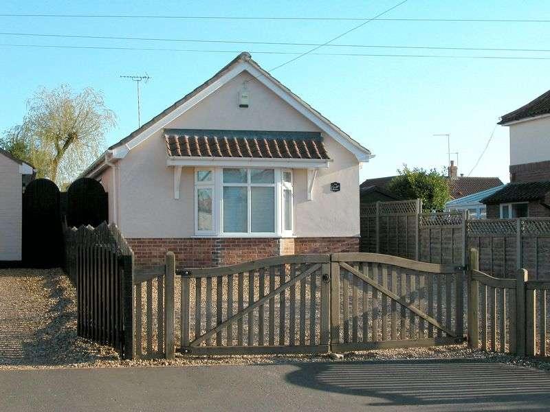 1 Bedroom Detached Bungalow for sale in Brandon Road, Watton, Thetford