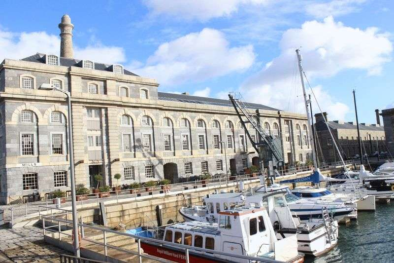 """2 Bedrooms Flat for sale in """"Mills Bakery"""", Royal William Yard, Stonehouse, Plymouth"""