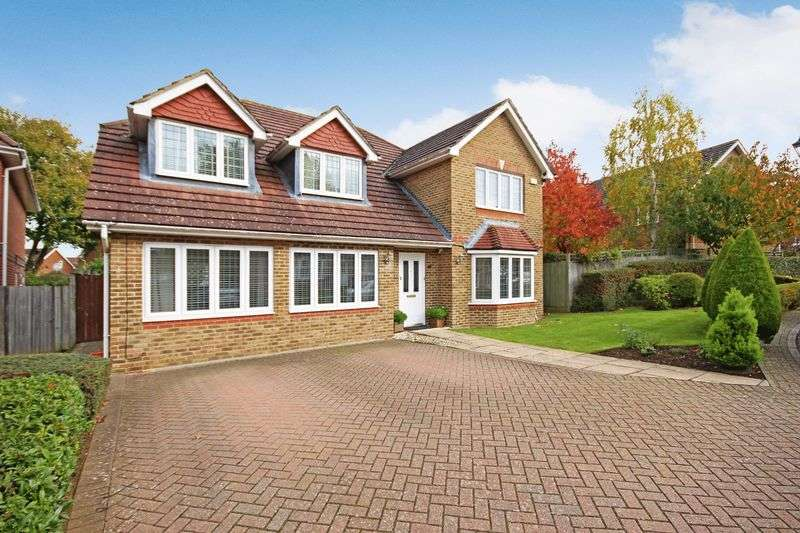 6 Bedrooms Detached House for sale in CARSHALTON