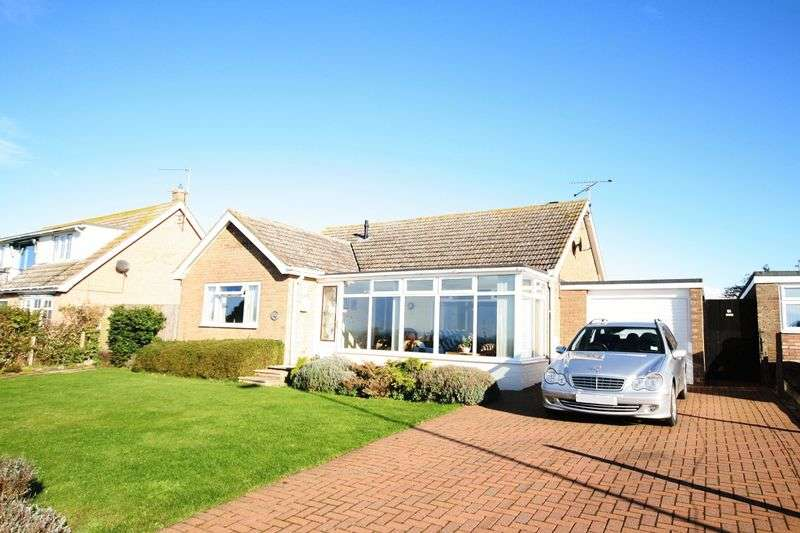2 Bedrooms Detached Bungalow for sale in Collingwood Road, Hunstanton, PE36 5DY