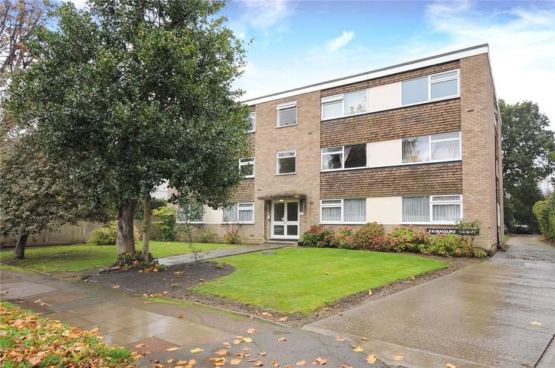 2 Bedrooms Apartment Flat for sale in Fairholme Court, The Avenue, Hatch End, Middlesex, HA5