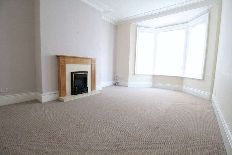 2 Bedrooms Flat for sale in Crondall Street, South Shields