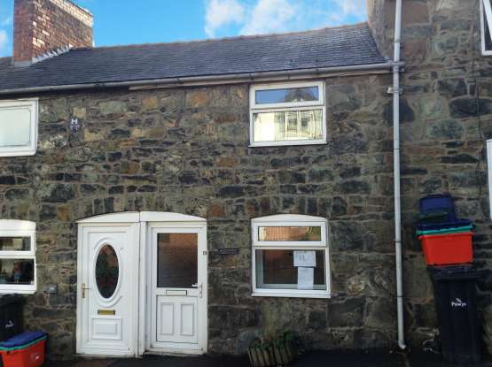 1 Bedroom Terraced House for sale in Mount Street, Welshpool, Powys, SY21 7LW