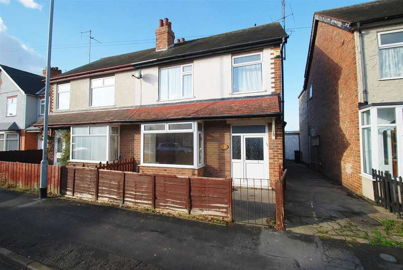 3 Bedrooms Semi Detached House for sale in Cavendish Road, Skegness