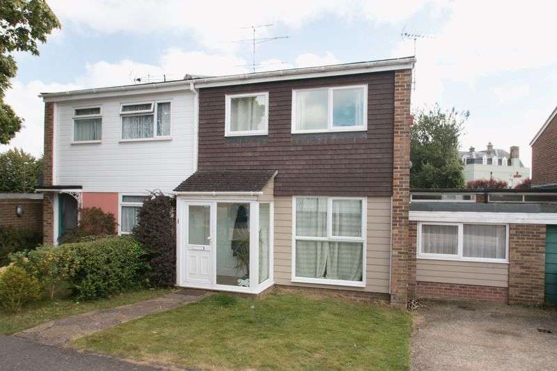 4 Bedrooms Semi Detached House for sale in Little Breach, Chichester