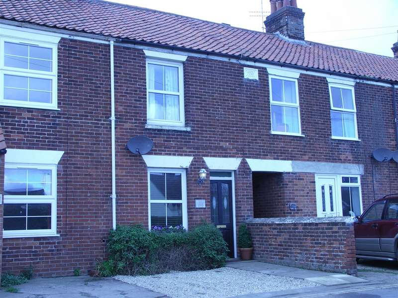 2 Bedrooms Property for sale in Sae Palling, Norwich, Norfolk, NR12
