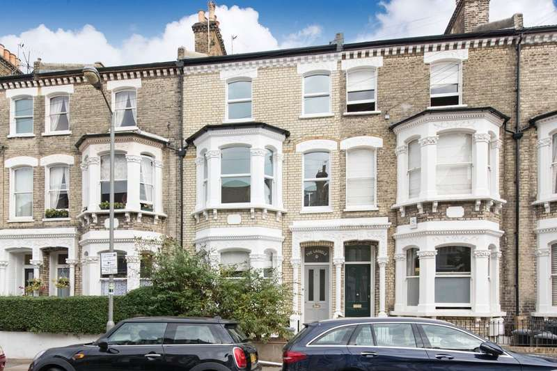 4 Bedrooms Flat for sale in Almeric Road, Battersea, London